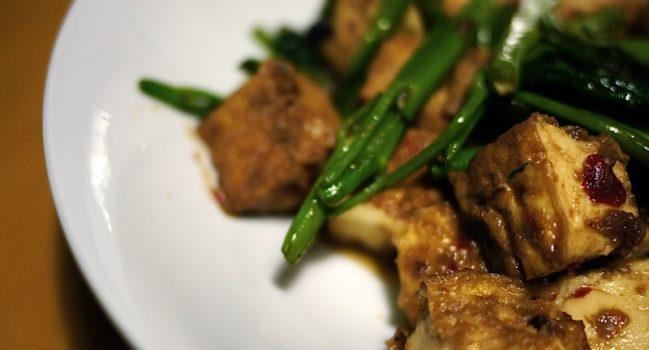 空心菜炒めと海南鶏飯