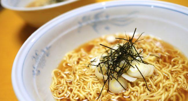 これこそ正しい麺、理想のラーメンの完成形なのだ(マルちゃん正麺@家麺)