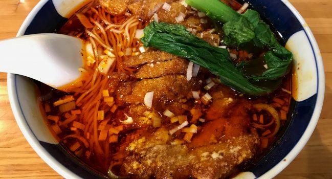 支那麺はしごの排骨酸紅麺とご飯のお代りについて