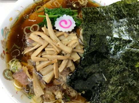 青島食堂・秋葉原店の青島チャーシュー麺大盛り