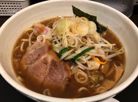 三ツ矢堂製麺・武蔵小山店の野菜ラーメン