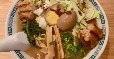 なにがなんでも桂花の太肉麺