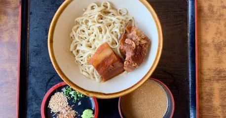 恩納のなかむらそばの冷やしつけ麺(夏季限定)