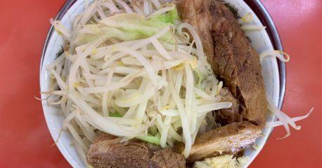 麺でる・戸越公園店の小豚